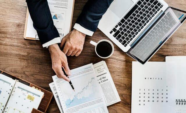 Resumen legal: Cómo establecer una compañía / corporación en Ecuador