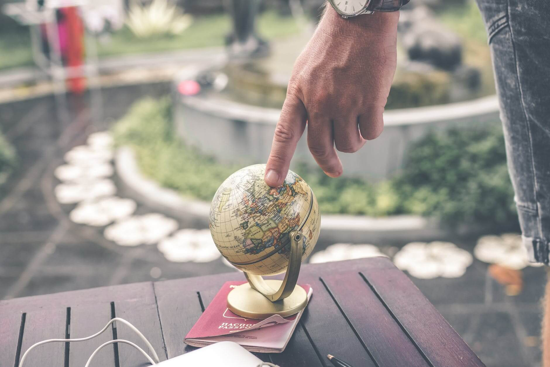 Is an International PEO Right for Your LATAM Expansion? Here Are 3 Ways to Tell