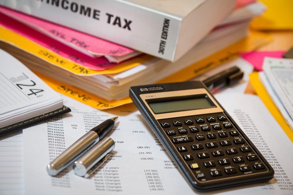 impuestos para pagar al comprar propiedad en Ecuador